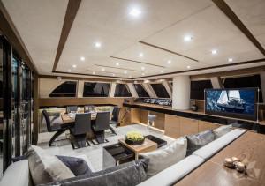 Seria LOFT jacht 60 stóp salon orzech